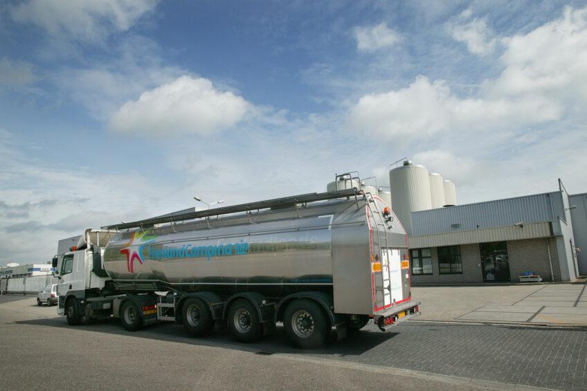 Dutch dairy co-op pays farmers bonus to limit milk production