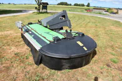 Pasture reader monitors grass growth