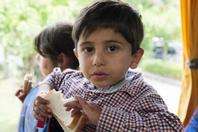 EU provides free milk for Syrian refugee children