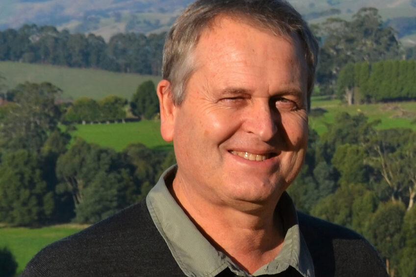 """Dr Bill Wales: """"If you multiply this over a 300 cow herd, you have a gain of AUS $90.000 (US $63.000). That is significant."""" Photo: Agriculture Victoria"""