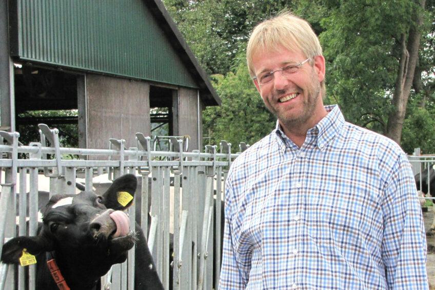 German farmer Heusmann worried about milk prices